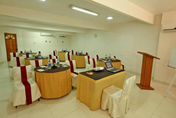 Avion Hotel Mumbai Reviews