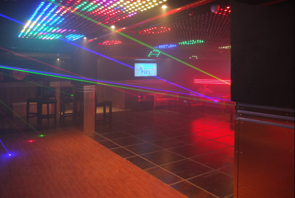 Club Hollywood In Chandigarh Sector 67 Mohali Photos
